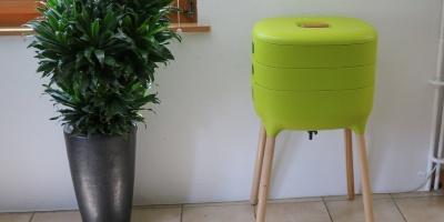 Wurmkomposter mit hohen Beinen