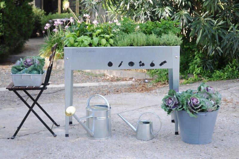 urban gardening mit herstera. Black Bedroom Furniture Sets. Home Design Ideas