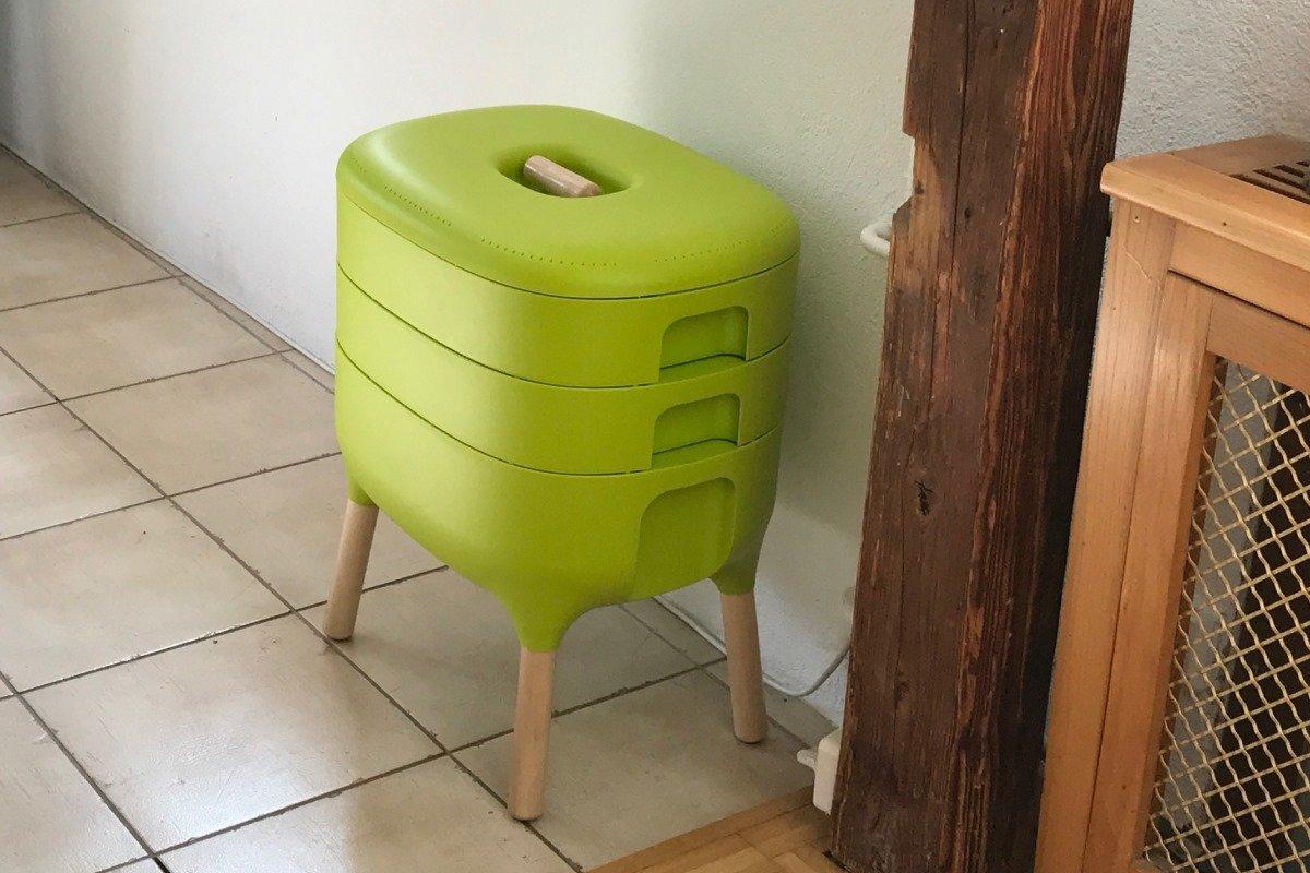 wurmkomposter erh lt red dot. Black Bedroom Furniture Sets. Home Design Ideas
